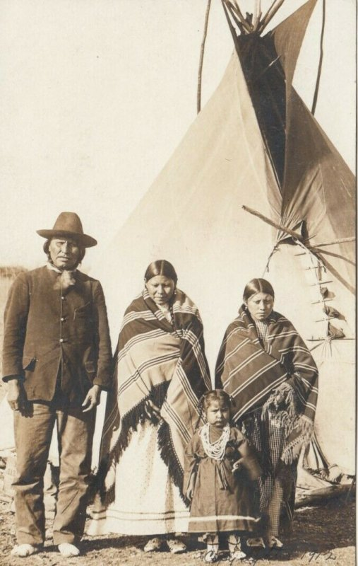 RP: Indian Family & Teepee , 00-10s