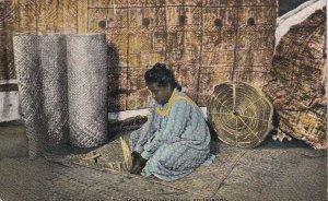 HAWAII, 1900-10s; Mat weaver