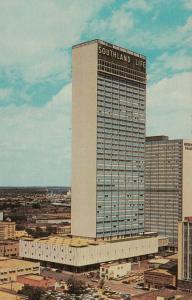 DALLAS , Texas , 50-60s ; Southland Center