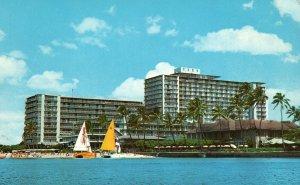 Waikiki, Hawaii, HI, Reef Hotel, 1970 Chrome Vintage Postcard g8355
