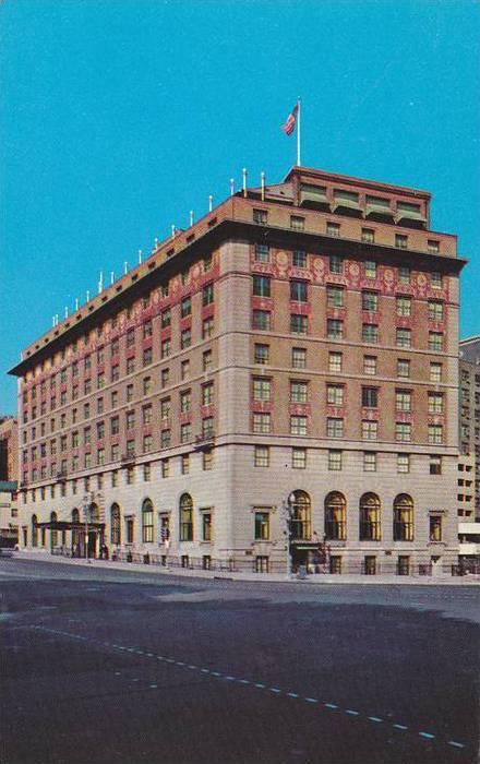 Street view,  Hotel Washington,   Washington D.C.,   40-60s