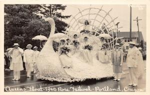 F25/ Portland Oregon RPPC Postcard c1940s Queens Float Rose Festival