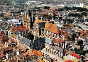 France Sens A Ci Vue aerienne La Cathedrale St Etienne General view