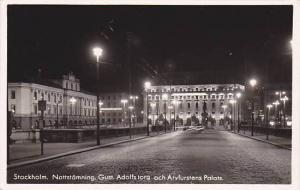 RP: Stockholm , Sweden , 30-40s ; Nattstamning Gust Adolfs torg och Arvfurste...