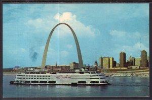 SS Admiral,Gateway Arch,St Louis,MO