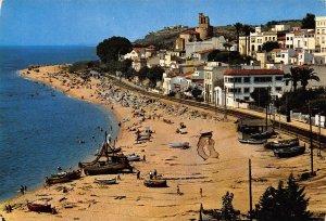 Spain San Pol de Mar Playa Beach Boats Postcard