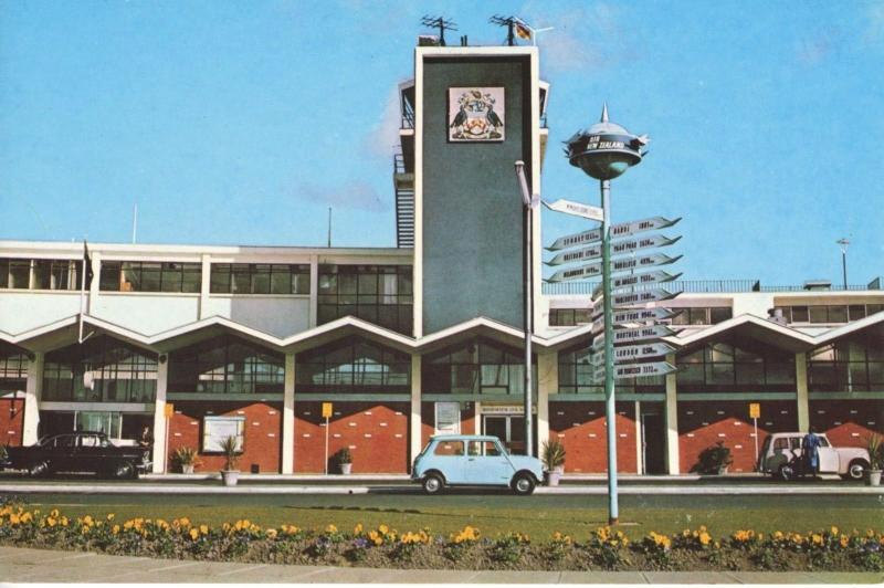 Entrance Christchurch International Airport NZ New Zealand Old Cars Postcard D22