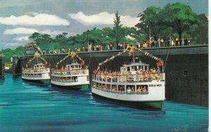 SAULT STE. MARIE , Michigan , 40-60s ; WELCH Fleet of cruise boats