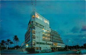 Ft Lauderdale Florida 1950s Night Neon Postcard Yankee Clipper Hotel 1824