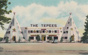 GOLDEN , Colorado , 1930s ; The Teepees