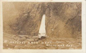 RP: BROOKINGS , Oregon, 1910-20s ; Natural Arch