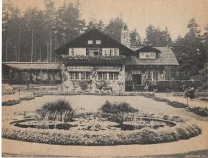 Stanley Park Pavillion , VANCOUVER , B.C. , Canada , 30s; Giant PC