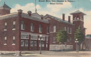 Grand Mere , Quebec , Canada , 00-10s : Police Station