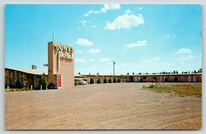 Las Cruces NM~Dunes Motel~Swingset on Tiny Patch of Grass~Telephone Booth~1950s