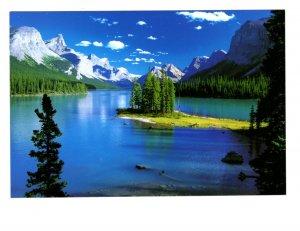 Spirit Island, Maligne Lake, Canadian Rockies,