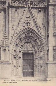 La Cathedrale St-Corentin, Le Grand Portail, Quimper (Finistere), France, 190...