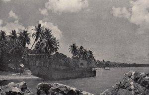 GUAM , 1940s ; Landing craft at shores of MERIZO