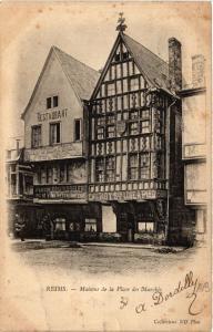 CPA REIMS Maisons de la Place des Marches (491711)