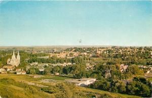 Medicine Hat Alberta Panorama~Skyline South~1965 Postcard