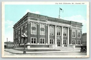 Chillicothe Missouri~City Hall~Flag on Roof~Vintage Car Parked~1920s Blue Sky PC