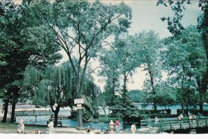 SMITH'S FALLS , Ontario , Canada , 50-60s ; Swimming Pool at park