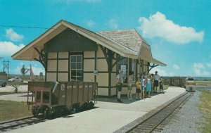 MOBILE, Alabama, 1950-60s ; Miniature Train Station