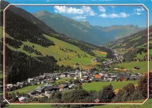 Hoehenluftkurort Saalbach mit Zwoelferkogel Gamshag und Tristkogel