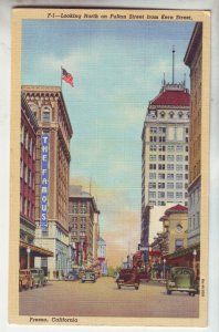 P1206 old unused linen postcard busy street view old cars fresno calif