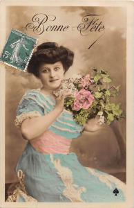 Bonne Fete, Happy Birthday, glamorous lady, femme, dame, roses