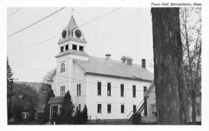 BERNARDSTOWN MA~LOT OF 5 POSTCARDS-TOWN HALL-LIBRARY-POST OFFICE-SCHOOL-INT-91