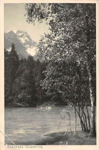 Der Badersee mit Zugspitze Lake Mountain