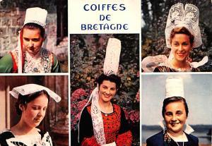 France Coiffes de Bretagne, Jeunes Filles en Costume  Jeunes Filles en Costume