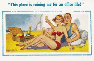 Champagne In Beach Hamper Rude Office Getaway Holiday Comic Humour Postcard