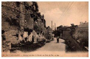 France Montrichard Habiations  dans le Rocher au Pont deF er