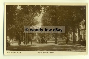 tp8159 - Jersey - Early View of the Royal Parade, Pitt Series No.38 - Postcard