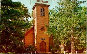 Vale IA Little Borwn Church Postcard unused (20674)