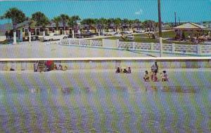 Florida Jacksonville Beach Tom Thumb Court