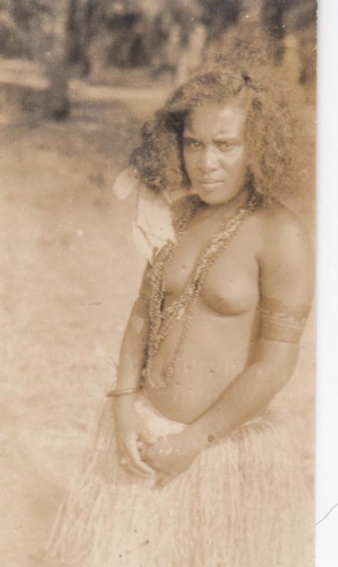 RP; Polynesian girl in grass skirt, 1900-1910s