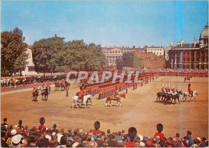 Postcard Modern London Trooping the Color The Queen Reviews entering the Hors...