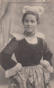 Quimperlé , France , 00-10s : Young Girl
