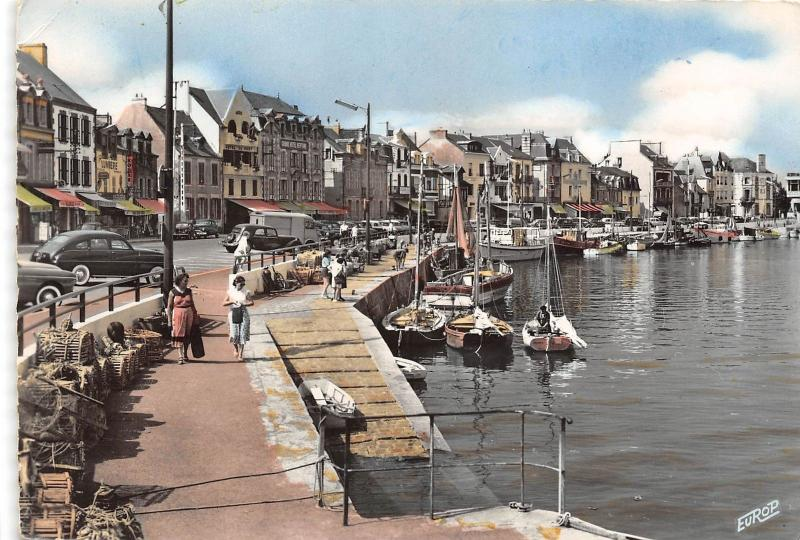 BR29508 Le Pouliguen le port ship bateaux france