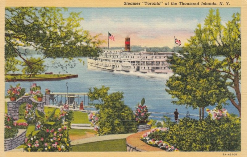 THOUSAND ISLANDS,New York, 1930-1940s ;  Steamer Toronto