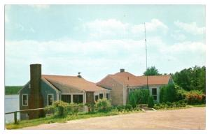 1950s/60s Peters Pond Club, Forestdale, MA Postcard