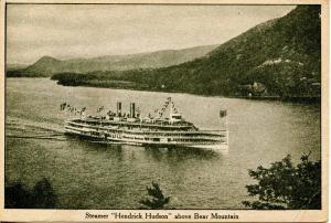 Hudson River Day Line - Steamer Hendrich Hudson above Bear Mountain