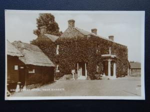 Kent near Margate & Canterbury THE GROVE FERRY HOTEL - Old RP Postcard