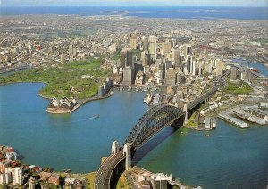 MIN0292 australia sydney bridge ship opera house skyscraper ocean harbour dock