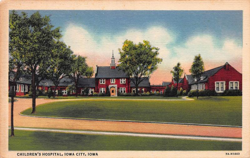 Children's Hospital, Iowa City, Iowa, Early Linen Postcard, unused