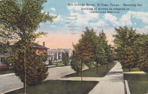 EL PASO, Texas, 1923; Rio Grande St. Showing the parking of residential district