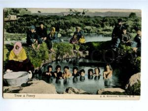 173935 NEW ZEALAND ROTORUA native children Vintage postcard
