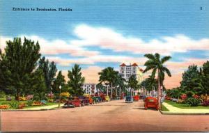 Florida Bradenton Entrance Looking South